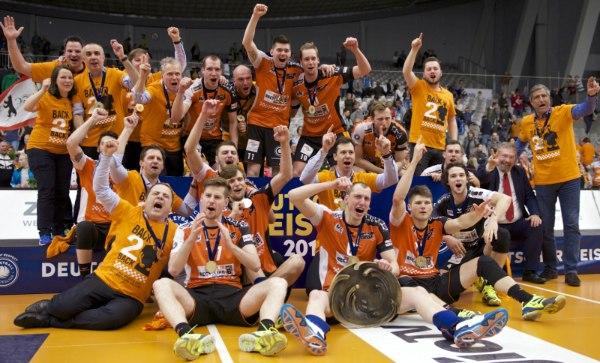 Happy End: Die BR Volleys sind Deutscher Meister der Saison 2016/17 (Foto: Günter Kram)