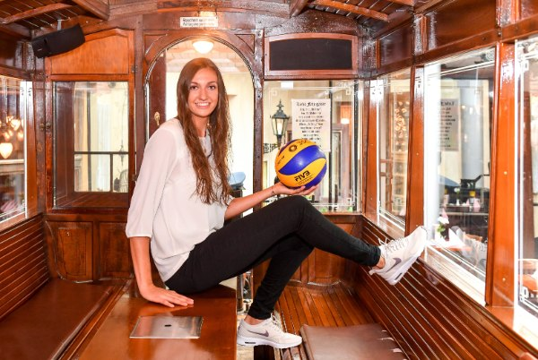 ViB24.TV Volleyball Lena Stigrot