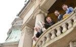 Klaus-Peter Jung, Stefan Schostok, Heinz Wübbena, Benjamin Chatton und Knut Heckel auf dem Balkon des Neuen Rathauses (Foto: Conny Kurth, www.kurth-media.de)