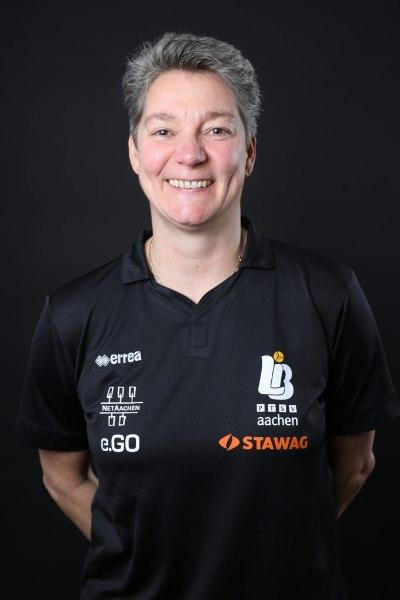 Saskia van Hintum ist die einzige Frau, die als Cheftrainerin in der 1. Volleyball Bundesliga arbeitet (Foto: Andreas Steindl)
