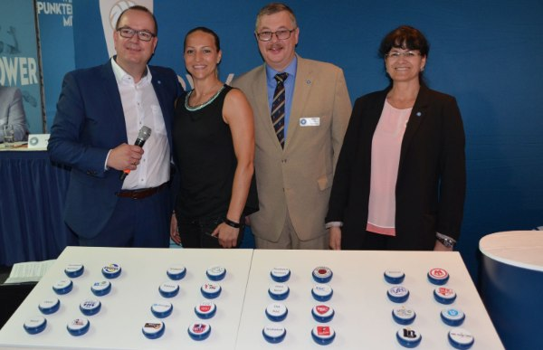 Moderator Frank Bleydorn, Box-Weltmeisterin Ramona Kühne, Bundesspielwart Gerald Kessing und Viola Knospe (VBL-Managerin Spielbetrieb), Foto: VBL