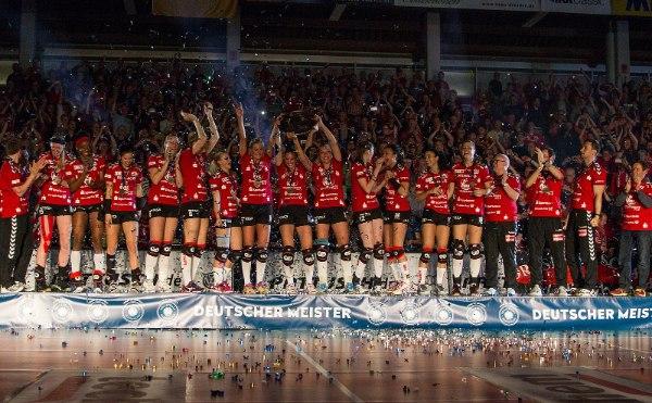Der Dresdner SC gewann 2014/15 zum zweiten Mal in Folge die Meisterschaft (Foto: Holger Schulze, www.afb-media.de)