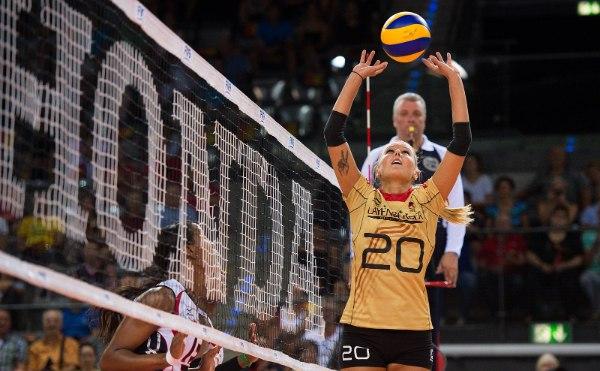 Nationalspielerin Mareen Apitz ist zurück in Dresden (Foto: Conny Kurth/DVV)